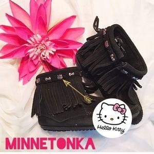 Minnetonka moccasins with hello Kitty detail